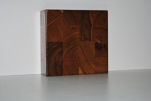 <b>End grain Black Walnut</b>